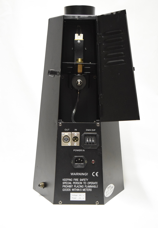 projecteur de flamme reelle branch sur une bouteille de gaz. Black Bedroom Furniture Sets. Home Design Ideas